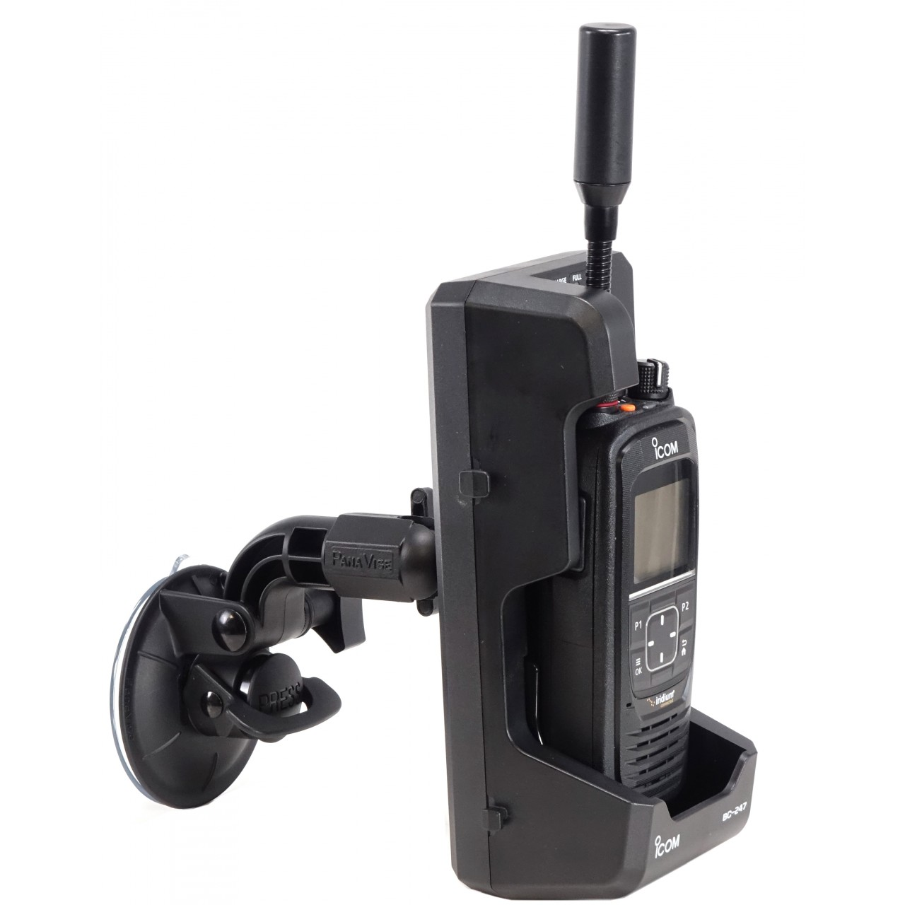 Support à ventouse pour chargeur BC-247. Présenté avec chargeur BC247 et IC-SAT100
